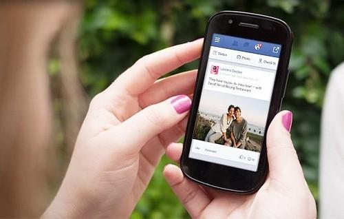 dich-vu-Facebook-SMS-Vinaphone
