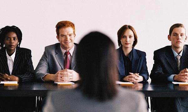 Trả lời với câu hỏi cắt giảm nhân sự