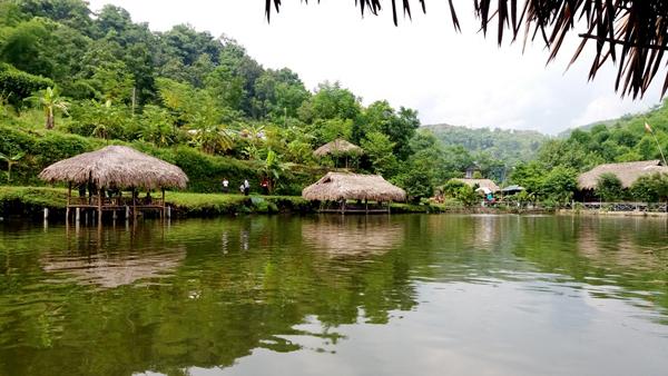 Các khu sinh thái tại Văn Bàn cũng được du khách yêu thích