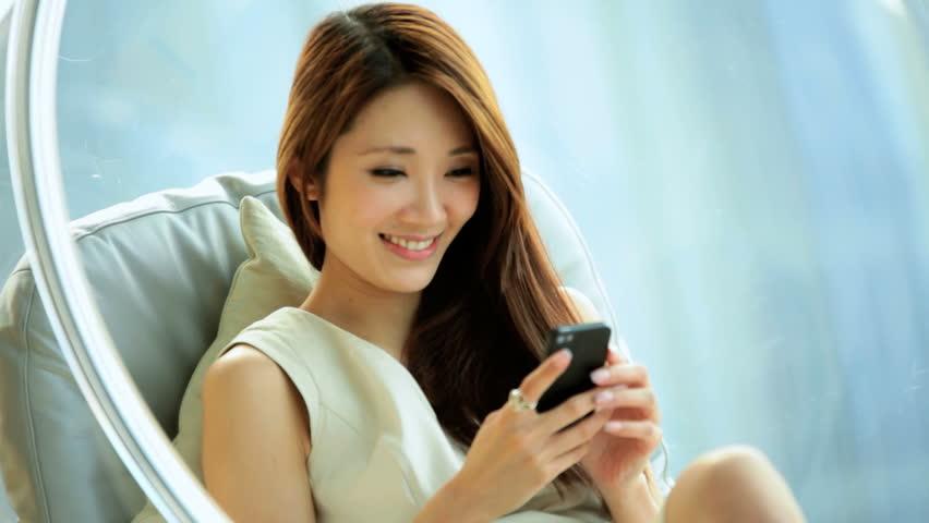 Hướng dẫn mua thêm 4G Vinaphone tốc độ cao
