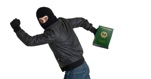 Trong trường hợp mất hộ chiếu du khách cần phải làm gì?