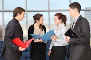 Học gì để làm một thông dịch viên tìm việc làm ở Hà Nội?
