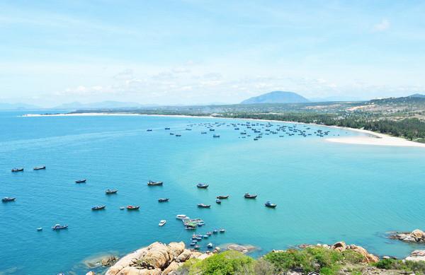 Ghé thăm La Gi - thiên đường biển bị lãng quên