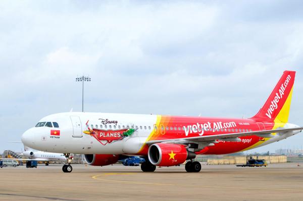 Vé máy bay đi Cà Mau khứ hồi có giá bao nhiêu tiền?