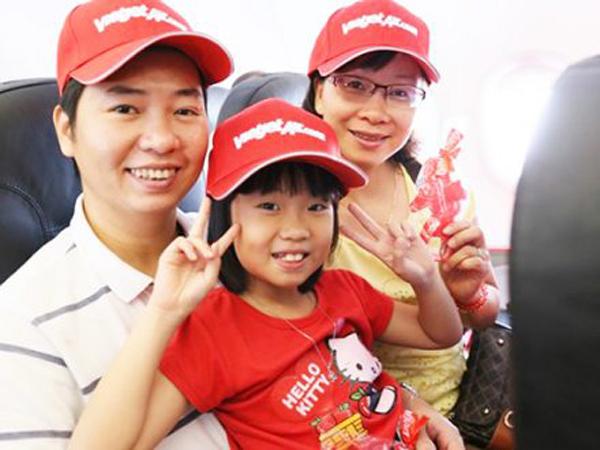Những lưu ý cho trẻ em đi máy bay hãng Vietjet Air