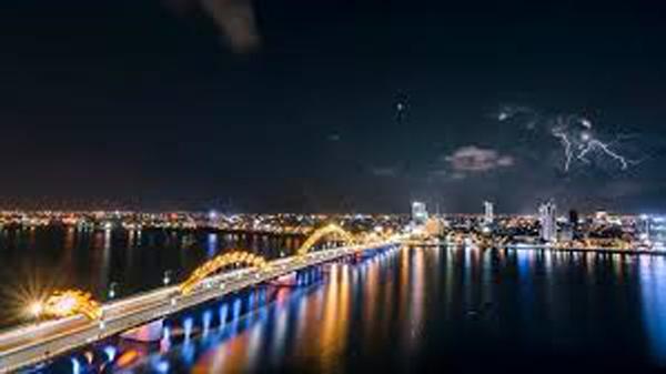 Đặt vé máy bay đi Đà Nẵng tháng 10