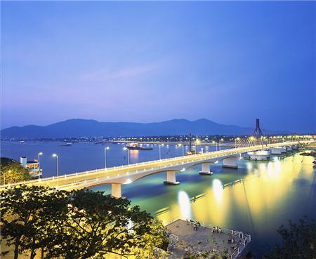 Đặt vé máy bay đi Quy Nhơn giá rẻ nhanh nhất tại hunghabay.vn