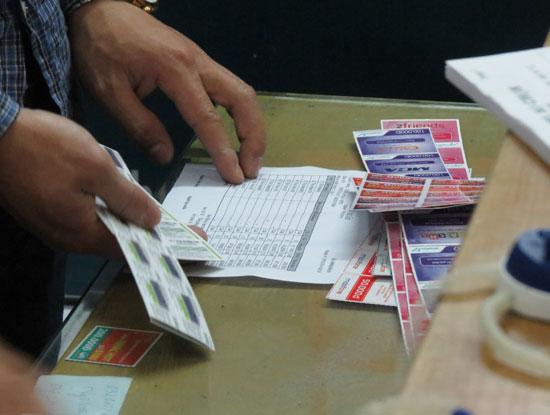 Tránh lãng phí bằng cách đổi thẻ cào khi cào mạnh bị mờ số