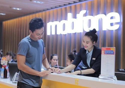Những ưu đãi ngoài sức tưởng tượng khi làm khách hàng cao cấp của Mobifone