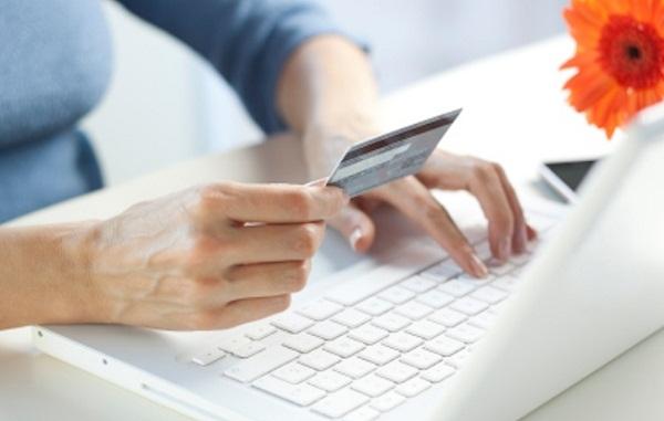 Thực hiện mua thẻ cào bằng tài khoản ngân hàng