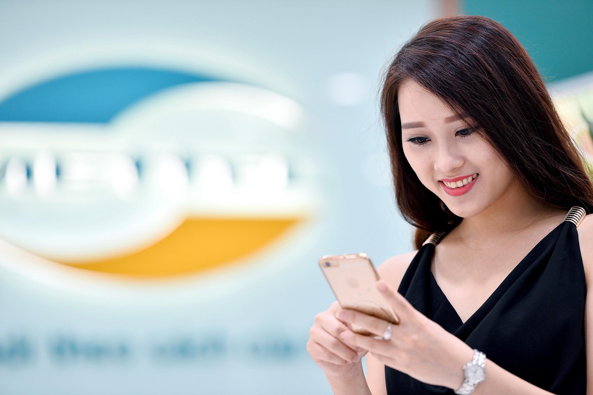 Khuyến mãi của nhà mạng Viettel : mua 1GB data với giá 5.000 đồng
