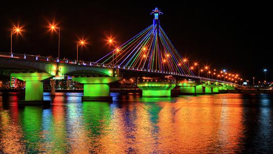 Tốp 5 địa điểm du lịch không thể bỏ qua tại Đà Nẵng