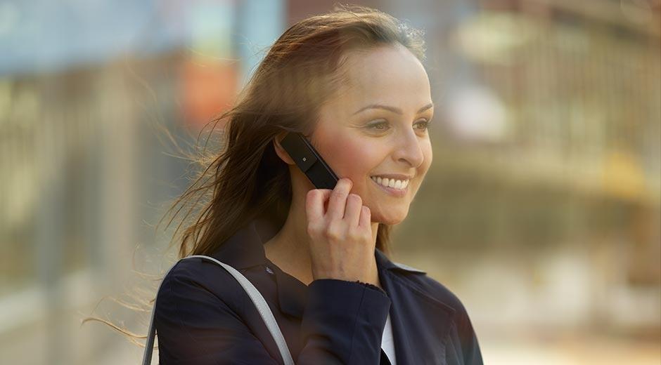 Đi nước ngoài gọi thoại thả ga với gói cước TQT49 của Mobifone