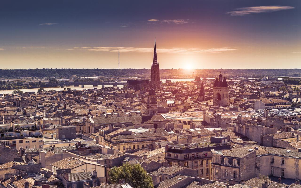 Nơi không thể bỏ qua khi du lịch pháp – thành phố Bordeaux