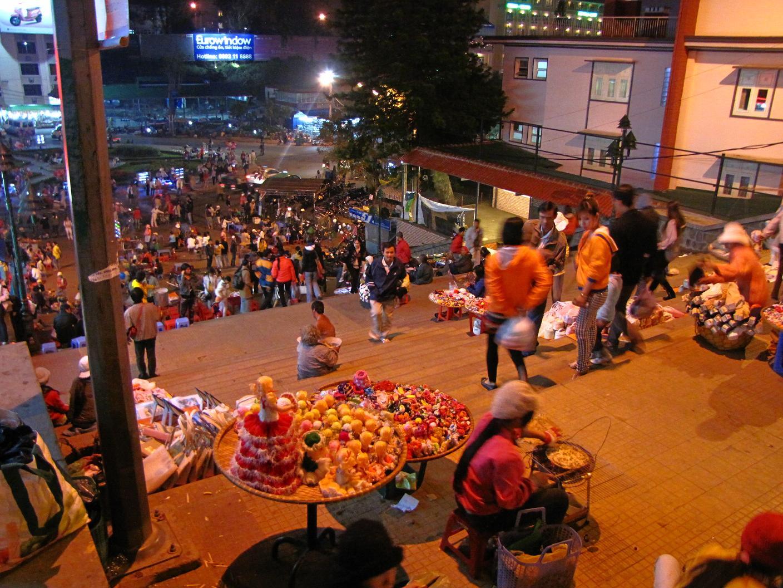 Bạn đã biết những bí mật nào về chợ Âm Phủ Đà Lạt?