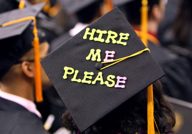 Đừng bỏ qua những điều này nếu bạn là sinh viên mới tốt nghiệp đi làm