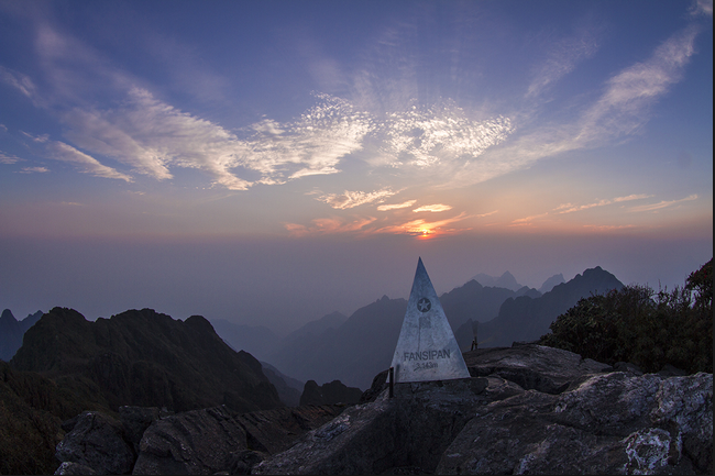 Kĩ năng chinh phục đỉnh cao Phan Xi Păng, vượt qua giới hạn