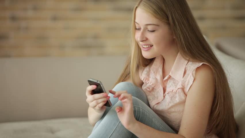 Bạn đã biết cách nhắn tin mua thẻ Viettel chưa?