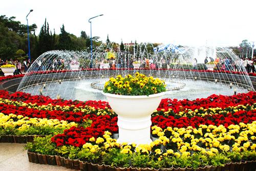 Tới thăm lễ hội hoa Đà Lạt 2017 với hàng trăm vé máy bay HCM đi Đà Lạt giá rẻ