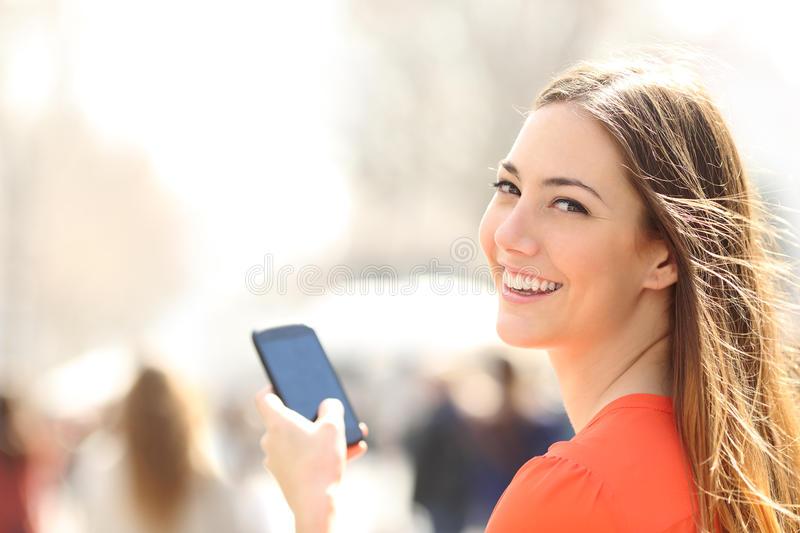 Thông tin chi tiết về gói cước 3G ưu đãi D3 của Vietnamobile