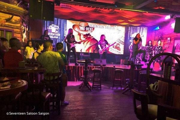 10 trải nghiệm đêm hấp dẫn ở phố Phạm Ngũ Lão Sài Gòn (P1)