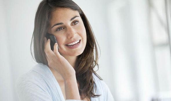 Hướng dẫn mua mã thẻ bằng SMS Vinaphone trả sau đơn giản