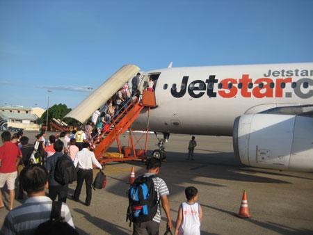 Hàng nghìn vé máy bay giá rẻ Jetstar tràn về hunghabay.vn
