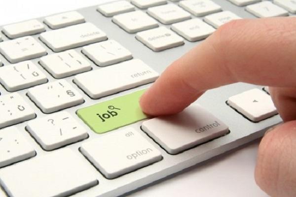Những lưu ý cần biết khi tìm việc qua mạng