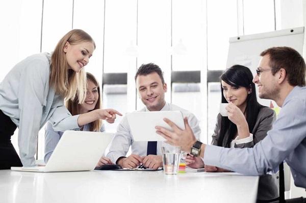 Những quy tắc bất thành văn nhân viên công sở mới cần biết