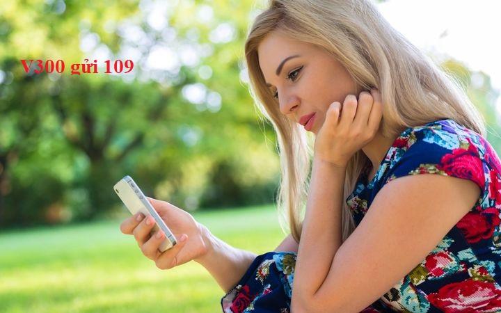 Đăng kí nhanh gói V300 Viettel nhận ngay tới 3000 phút gọi