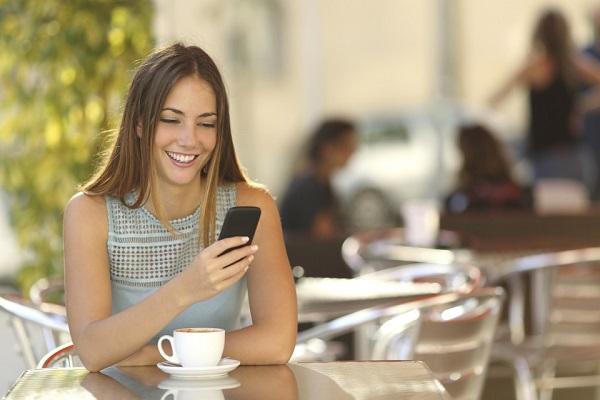 Tại sao nên mua thẻ cào điện thoại online thay vì mua thẻ giấy?