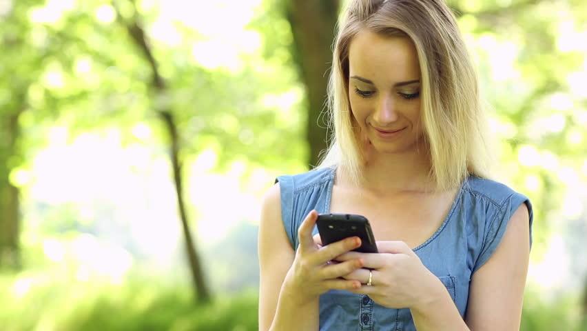 Dùng tài khoản khuyến mãi đăng ký gói DT20 Mobifone có 1,5GB data
