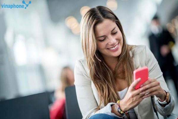 Đăng kí gói COMBO50 Vinaphone nhận ngay ưu đãi tích hợp