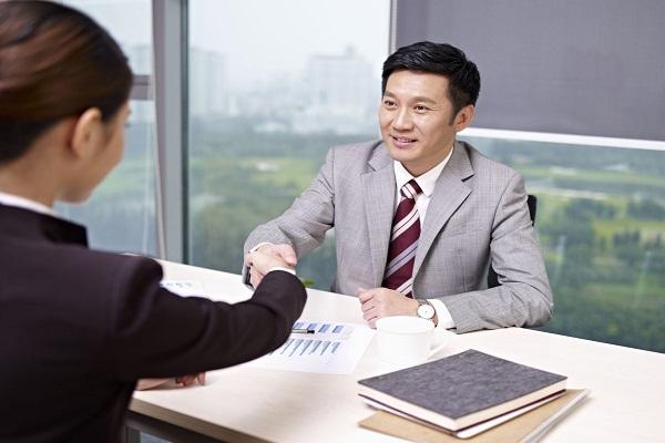 Sức mạnh của ngôn ngữ cơ thể trong buổi phỏng vấn