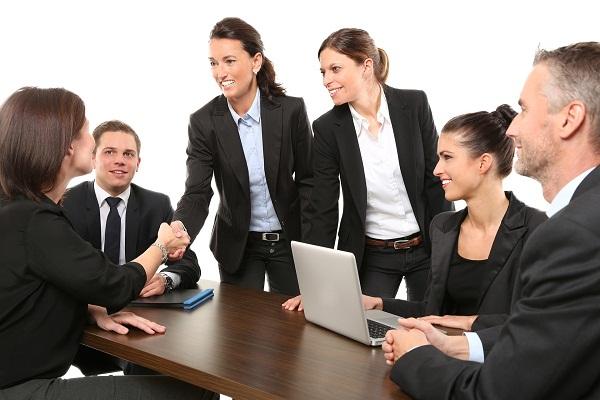 Những điều nên biết về nhà tuyển dụng trước buổi phỏng vấn