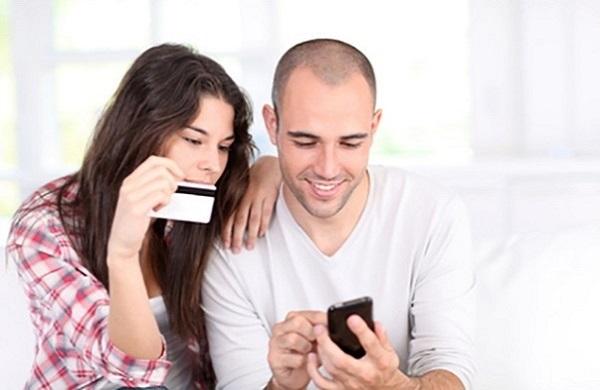 Nếu dùng tài khoản ngân hàng hãy mua thẻ điện thoại theo cách này